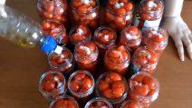 Come preparare i pomodori sotto vetro in casa