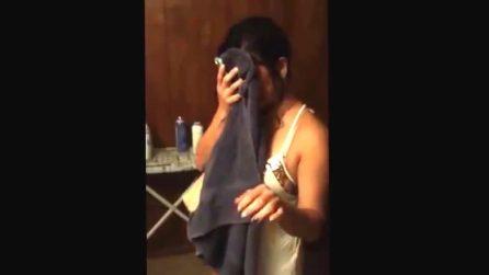 Telecamera nascosta in camera da letto: così il marito scopre i ...