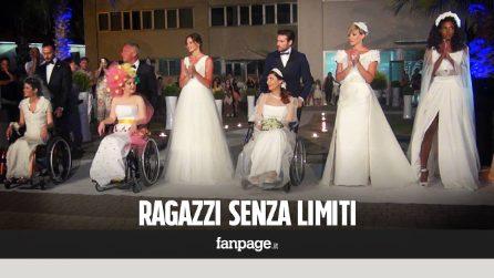 """Modelle disabili sfilano in abito bianco: """"Guardateci e sposateci: siamo donne come tutte"""""""