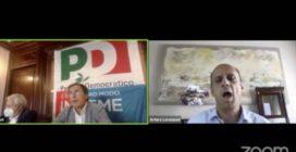 Malore in diretta Facebook per Lorenzoni, candidato in Veneto e positivo al Covid: il momento in cui sviene