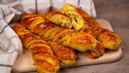Torciglioni filanti al formaggio: perfetti per un aperitivo o un antipasto originale!