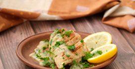 Peito de frango cremoso com limão: fácil e gostoso!