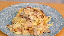 Creamy mushroom tagliatelle: an Italian dish to try right now!