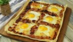 Breakfast tart with bacon and eggs