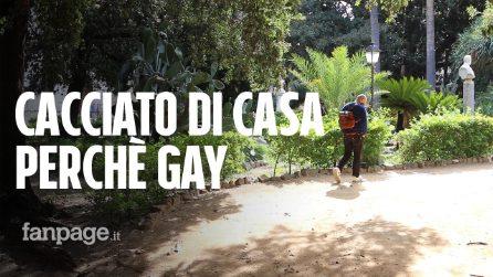 """Manuel vive per strada, cacciato di casa dalla madre perché è gay: """"Fai il maschio, altrimenti via"""""""