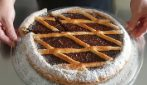 Coconut and chocolate pie: the beautiful dessert rich of flavor