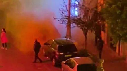 Coprifuoco, proteste a Salerno: manifestanti cercano di raggiungere casa di Vincenzo De Luca