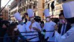 """Roma, Salvini contestato alla manifestazione Fipe: """"Buffone"""""""