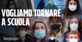"""Torino, gli studenti manifestano studiando davanti alla scuola: """"Vogliamo rientrare in sicurezza"""""""