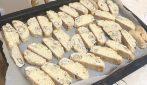Cantucci al limoncello: la ricetta alternativa e piena di gusto