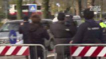 Paolo Rossi, l'arrivo del feretro a Vicenza per la camera ardente al Menti