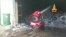 Roma, incendio discarica: fiamme sotto controllo