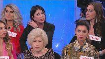 """Uomini e Donne, Valentina furiosa con Alessio: """"Non è vero, non ti ho mai baciato"""""""