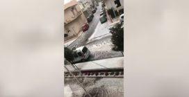 Maltempo, lungo le strade scorrono torrenti bianchi