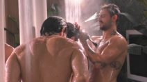 GF VIP, una doccia di gruppo surriscalda la casa