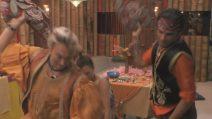 GF VIP, battaglia di cuscini in suite: tutti contro Francesco Monte