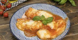 Pollo al pomodoro: un secondo piatto veloce e saporito!