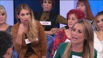 """Uomini e Donne, Pamela Barretta contro Ursula Bennardo: """"Hai ripreso Sossio, dignità sotto ai piedi"""""""