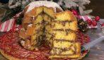 Pandoro caldo al cioccolato: la ricetta per la colazione di Natale perfetta!