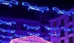 Luminarie di Salerno, l'albero di Natale si accende nella città
