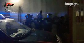 Camorra, arrestato latitante: il momento del blitz dei carabinieri