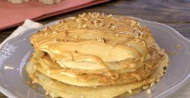 Pancakes al burro d'arachidi: in questo modo dovete provarli subito!