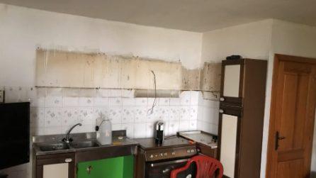 Una cucina vecchia da buttare: la trasformazione è pazzesca