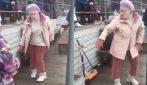 Quando l'età è solo un numero: la nonna si scatena