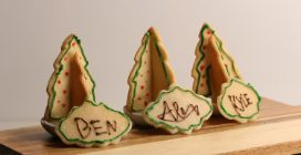 Christmas Cookies: the best edible place cards!