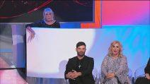 """Uomini e Donne Over, Tina Cipollari interrompe la sfilata di Gemma Galgani: """"Sembra una vedova"""""""