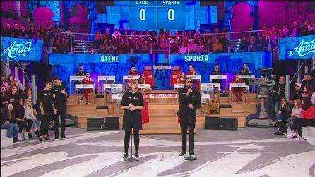 Amici, Tish e Alberto Urso emozionano cantando l'Ave Maria di Schubert