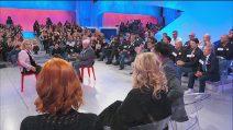 """Uomini e Donne, Angela Di Iorio contro Gianni Sperti: """"Non capisci un caz**"""""""