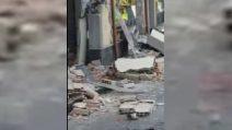 Catania, l'eruzione dell'Etna e i danni del terremoto in città