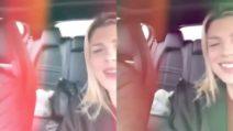 Emma Marrone canta il suo ultimo inedito con i suoi genitori: il karaoke speciale