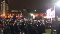 Brexit, il Parlamento britannico boccia l'accordo: la reazione della folla