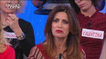"""Uomini e Donne, Alessio accusa Barbara De Santi: """"Ti sei fatta toccare il sedere in albergo"""""""