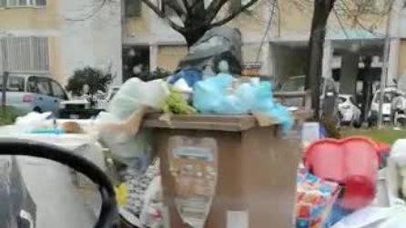 Da Secondigliano a Napoli Est, è di nuovo emergenza rifiuti