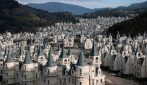 La città con 700 castelli, tutti disabitati: la scena è spettrale