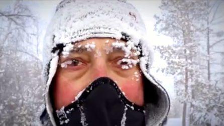 Corre per 39 km a -52°: l'impresa del poliziotto nel luogo più freddo al mondo