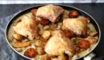 Chicken and roasted potatoes: the mushroom cream will add a special touch