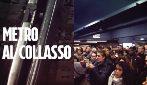 """Roma: la metro al collasso. Parlano i dipendenti Atac: """"Zero manutenzione e infrastrutture vecchie"""""""