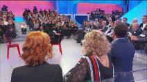 """Uomini e Donne, Gianni Sperti attacca Armando Incarnato: """"Eri l'amante di Noel"""""""