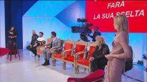 """Uomini e Donne, Giulia Cavaglia e Claudia Dionigi infuriate con Lorenzo: """"Sei senza attributi"""""""