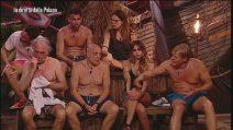 L'Isola dei Famosi: I pareri dei naufraghi sul video di Taylor Mega