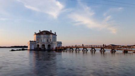 Una perla sospesa sull'acqua: un luogo che sembra incantato