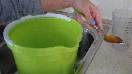 Come pulire il pavimento di casa con prodotti naturali