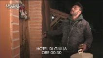 """Uomini e Donne, Giulia Cavaglia a Lorenzo Riccardi: """"A me non interessi più"""""""