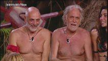 L'Isola dei Famosi 2019, l'amicizia tra Paolo Brosio e Riccardo Fogli