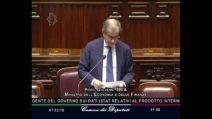 """Giovanni Tria contro Brunetta alla Camera: """"Ma stai zitto per la miseria!"""""""