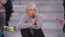"""Gianbattista e Claire vogliono restare in trasmissione, Maria De Filippi: """"Avete una coscienza"""""""